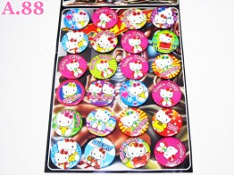 Pin Kaleng Hello Kitty / papan @ 24 pcs ( A-4370 )