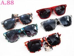 Kacamata Cewek Bingkai Motif / 2 pcs ( A-5559 )