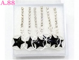 Anting Bintang Hitam Jurai Mata / 1 box ( A-8371 )