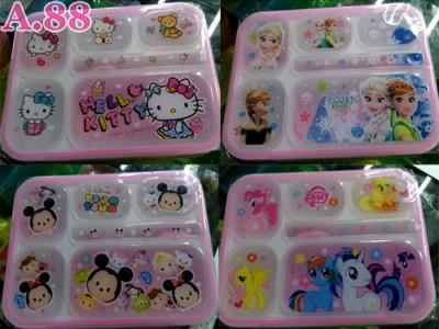 Kotak Makan Enam Kolom / 3 pcs ( A-8649 )